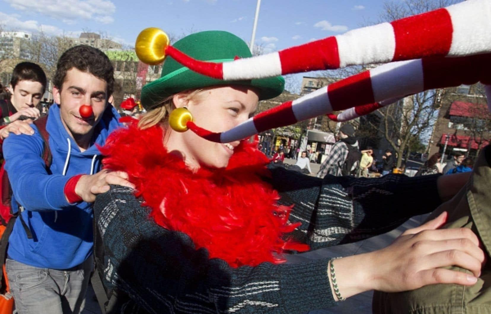 <div> Manifestation &eacute;tudiante festive hier apr&egrave;s-midi au centre-ville de Montr&eacute;al.</div>