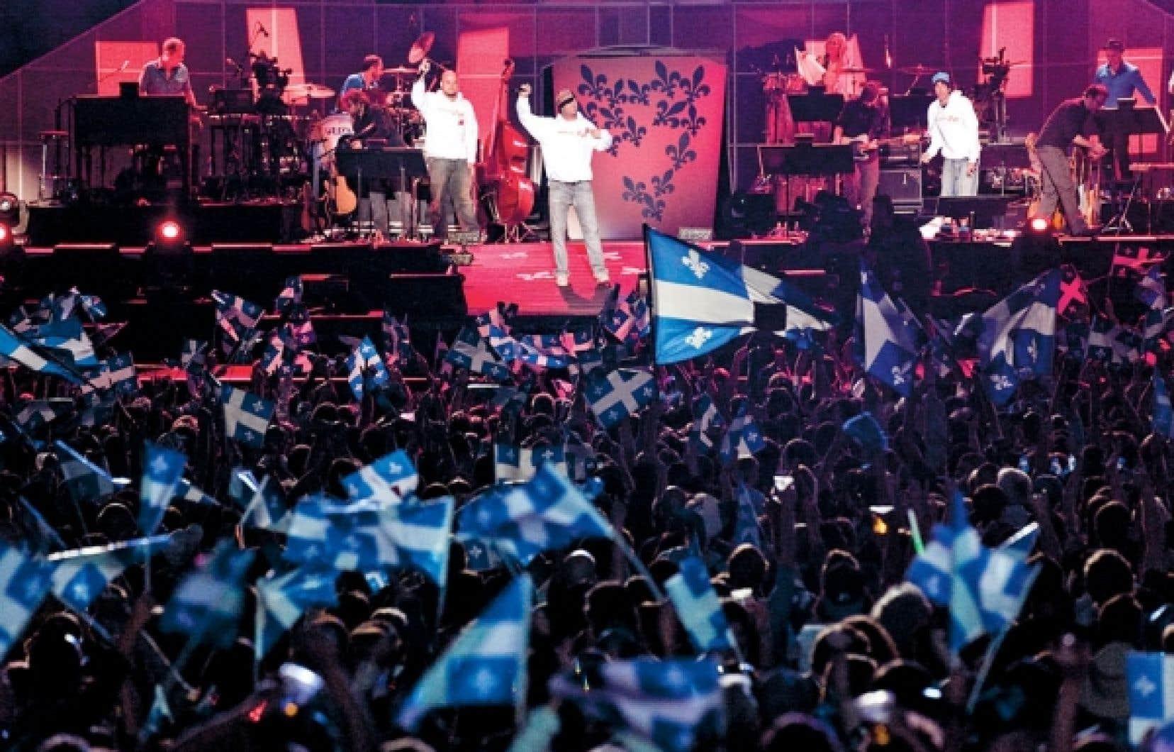 Loco Locass était au nombre des artistes prenant part au spectacle de la Fête nationale sur les plaines d'Abraham, à Québec.