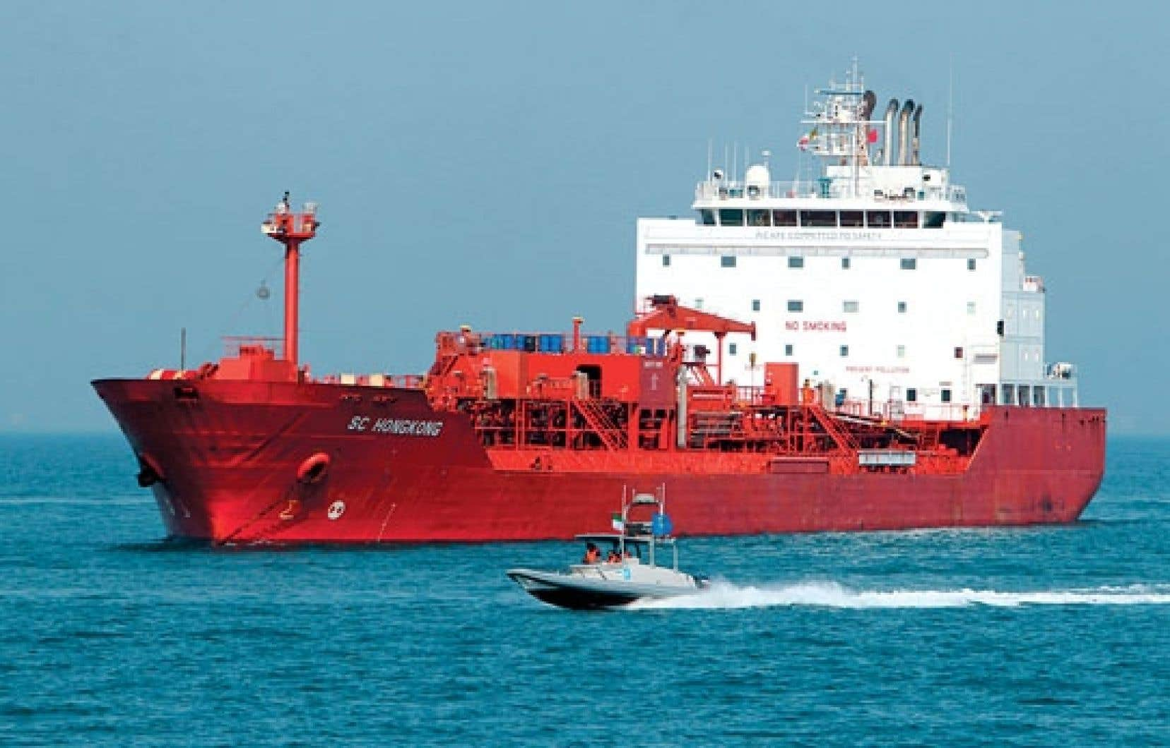 L'armée iranienne a escorté hier un pétrolier provenant de Hong Kong au