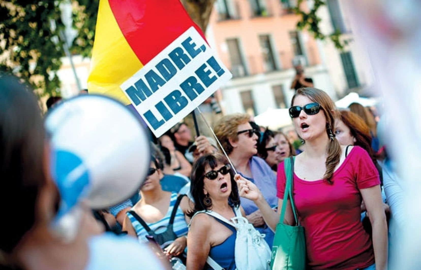 Des femmes ont manifesté hier, à Madrid, contre le projet de