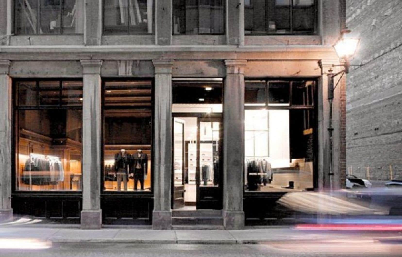 Les férus de mode pourront profiter d'un festival tendance et d'une aventure de magasinage haute en style et en couleur, avec des soldes et une foule de découvertes, à la première Fashion's Night Out, qui se tiendra dans le Vieux-Montréal en septembre. La Boutique Michel Brisson (photo) est l'un des commerces participants.