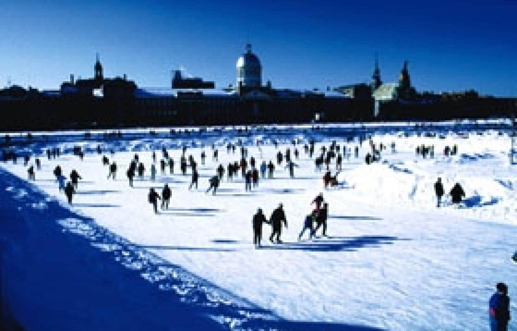 Cette année, la patinoire des Quais du Vieux-Port accueillera le public à partir du samedi 1er décembre.