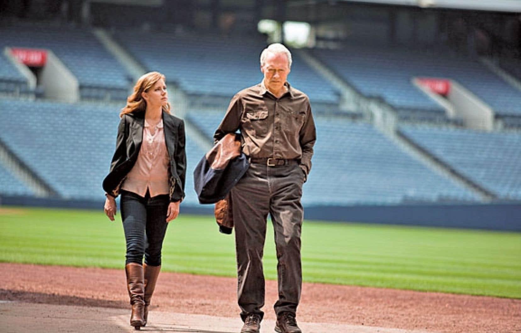 Amy Adams et Clint Eastwood sont fille et père dans le long métrage Trouble with the Curve.