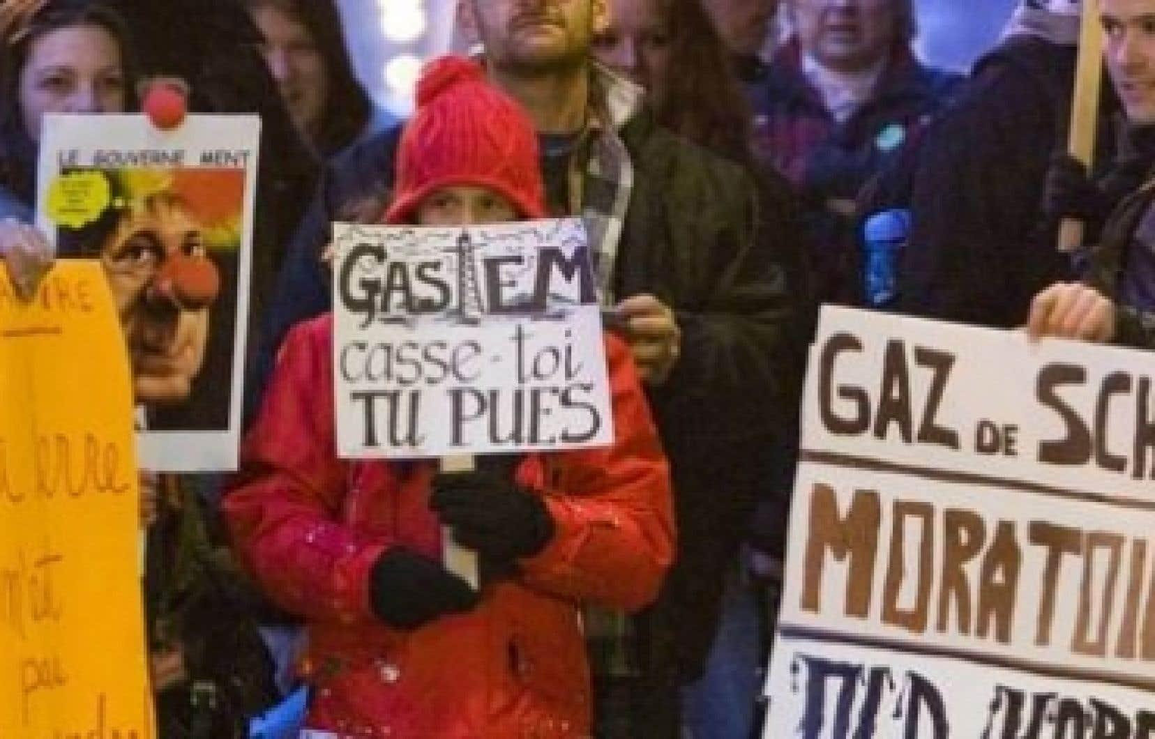Les opposants au gaz de schiste doivent maintenant s'adapter à l'attitude plus ouverte du nouveau gouvernement.