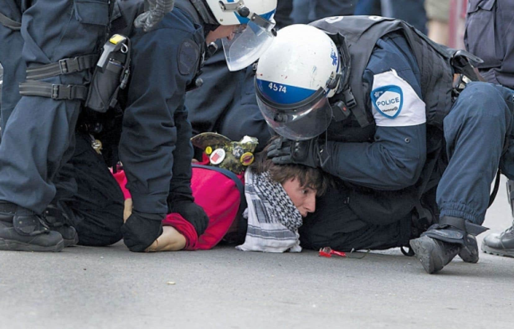 Des centaines d'arrestations ont eu lieu lors du long conflit étudiant.