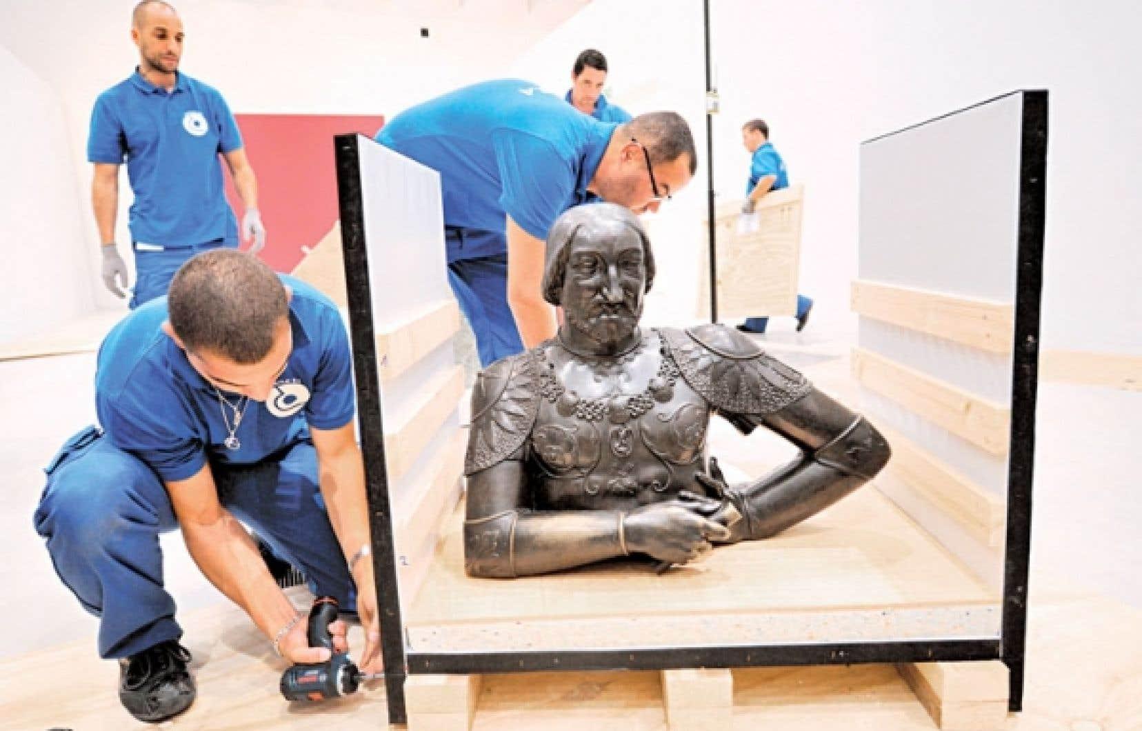 Les œuvres commencent à arriver au Musée du Louvre à Lens, comme ce buste de François Ier. L'ouverture de cette annexe dans le nord de la France est prévue pour le mois de décembre.