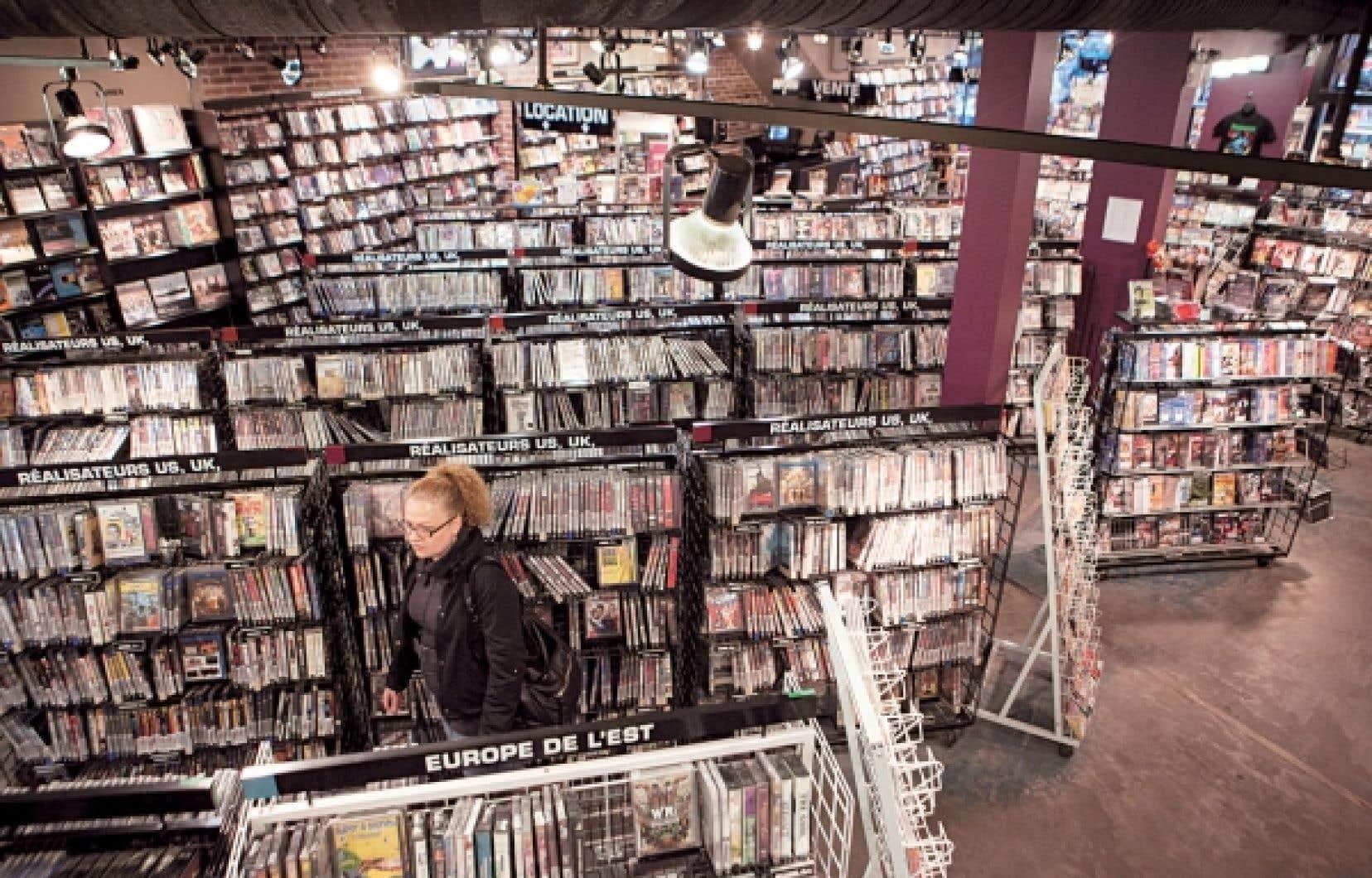Les clubs vidéo au Québec ne sont pas subventionnés, seul maillon de la chaîne cinématographique à n'avoir aucun soutien public.