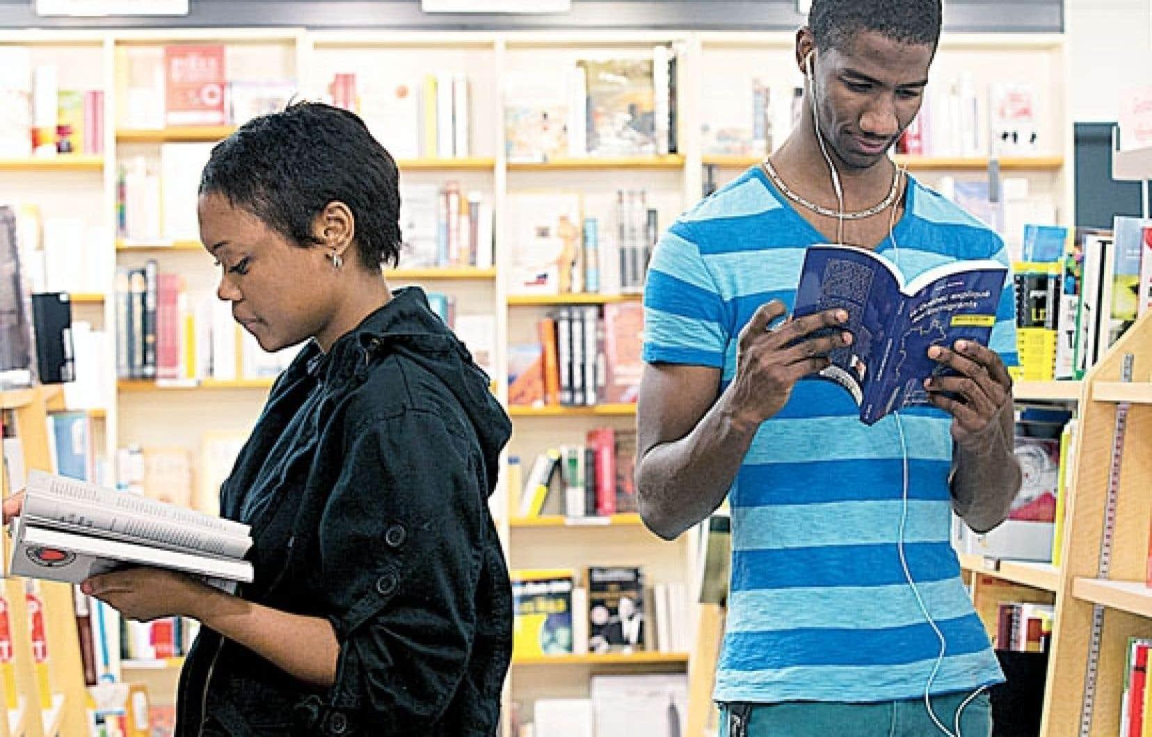 Les bibliothèques sont de plus en plus fréquentées par les familles immigrantes.