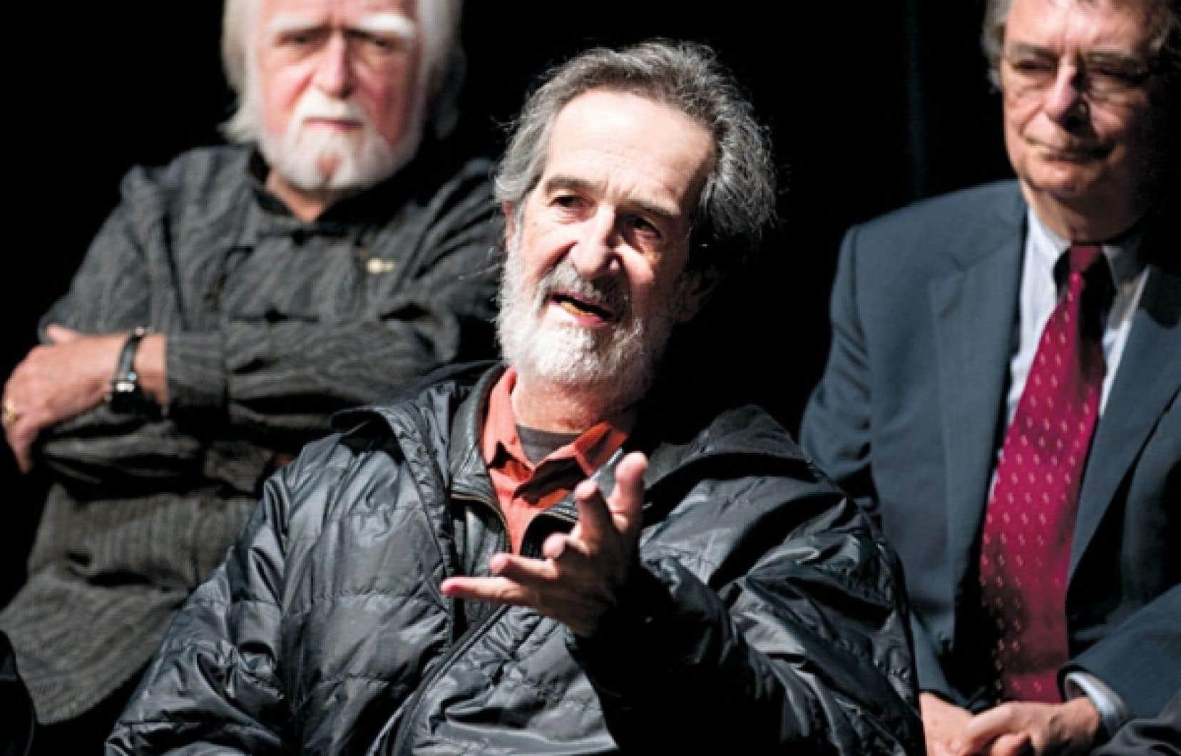 Le communicateur Jacques Languirand, le cinéaste André Melançon et le professeur d'histoire de l'UQAM Paul-André Linteau sont au nombre des lauréats des Prix du Québec.