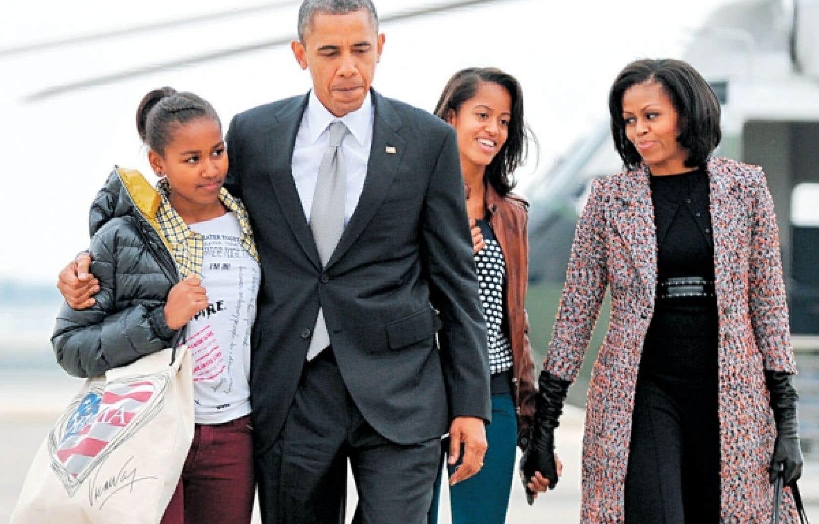 <div> Obama ne parvient pas &agrave; combler les hautes attentes qu&rsquo;il a soulev&eacute;es. Si bien qu&rsquo;on se lance plus que jamais dans un cin&eacute;ma de diversion.</div>