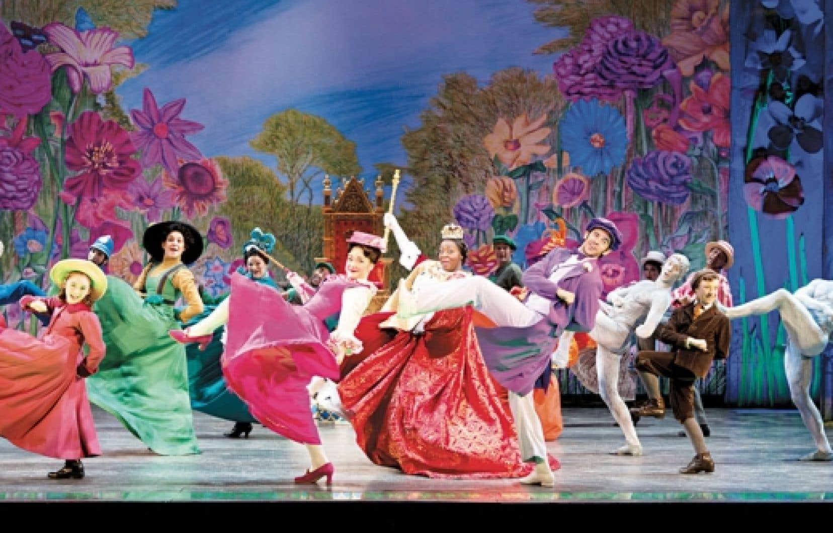 Au chapitre des créations comme la production musicale de Broadway Mary Poppins (sur la photo), le Québec possède son lot de comédies et drames musicaux maison, tels les Belles-soeurs, ou adaptés, comme La mélodie du bonheur.