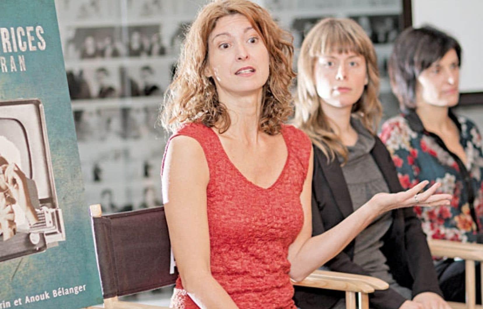 L'étude Les réalisatrices du petit écran a été pilotée par la réalisatrice Marie-Pascale Laurencelle (avant-plan) et menée par la recherchiste Anne Migner-Laurin sous la direction d'Anouk Bélanger.