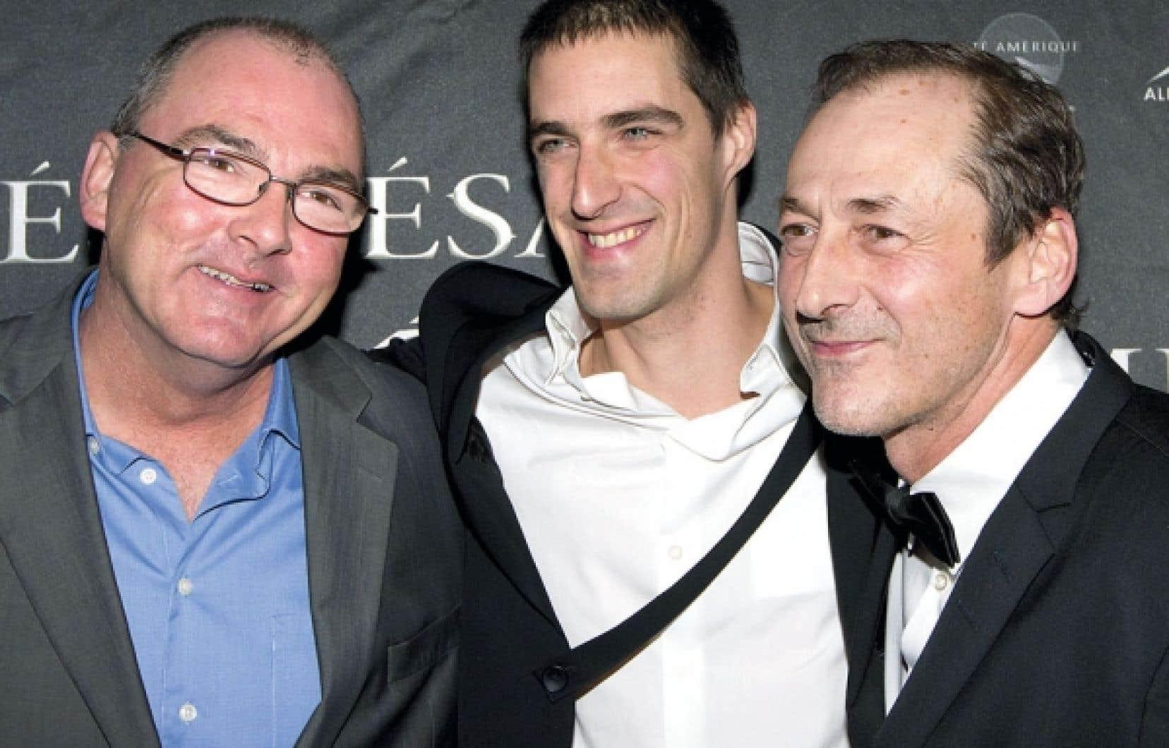 Luc Picard en compagnie des comédiens Nicola-Frank Vachon et Gildor Roy.