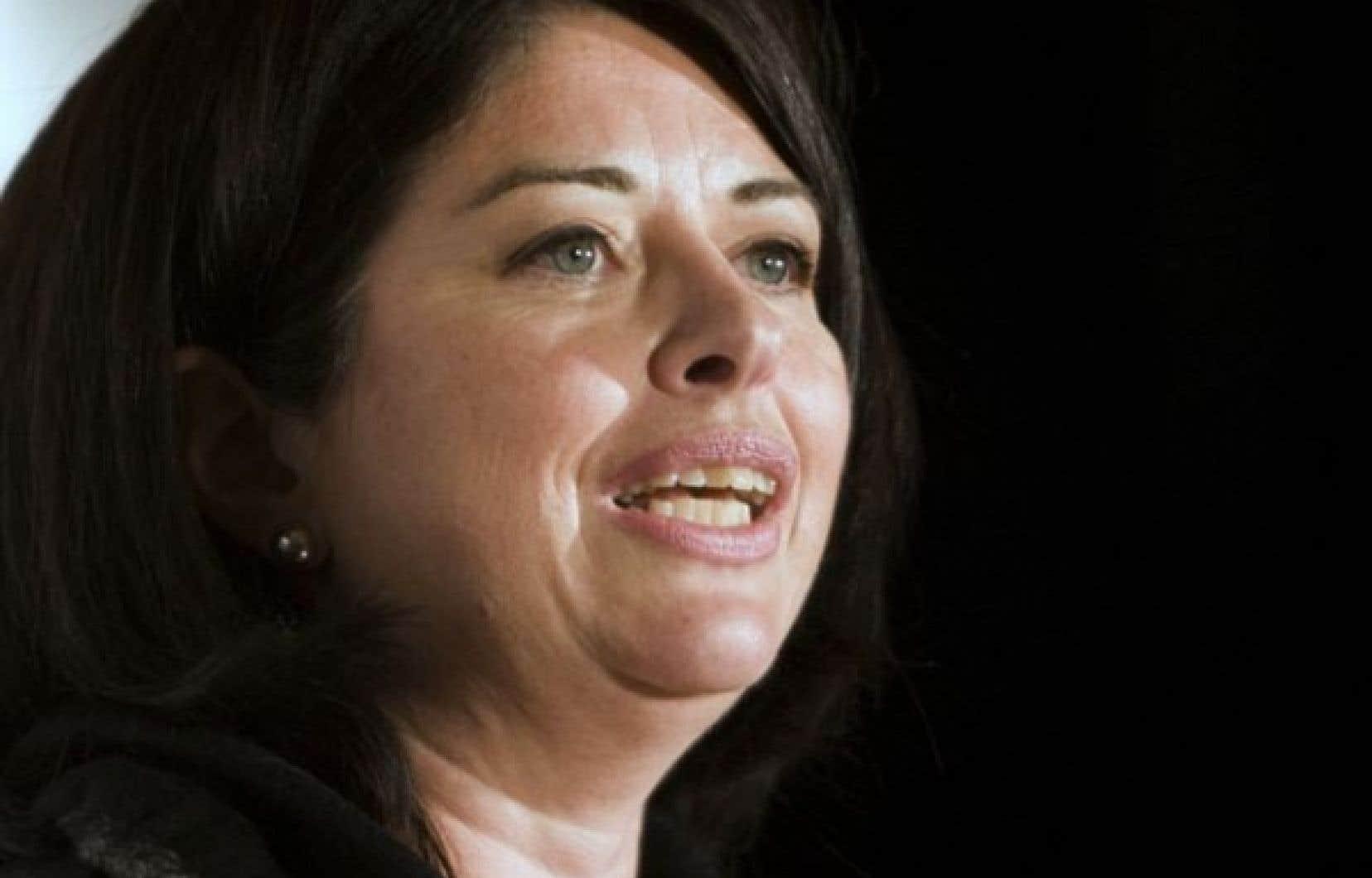 Line Beauchamp a indiqué ne pas avoir été invitée à témoigner à la commission Charbonneau, mais qu'elle serait prête à le faire si on le lui demande.