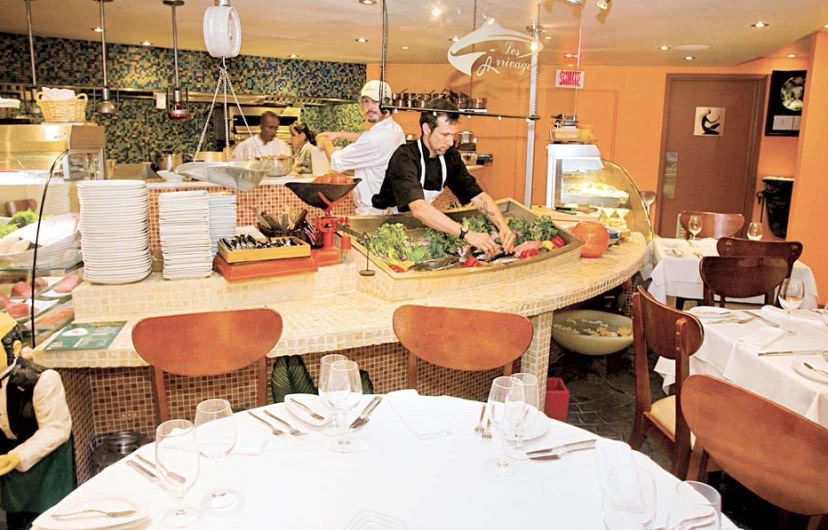 Le décor coloré du restaurant Portus Calle à Montréal arrive presque à nous faire croire que le Portugal revisité n'est pas si loin.