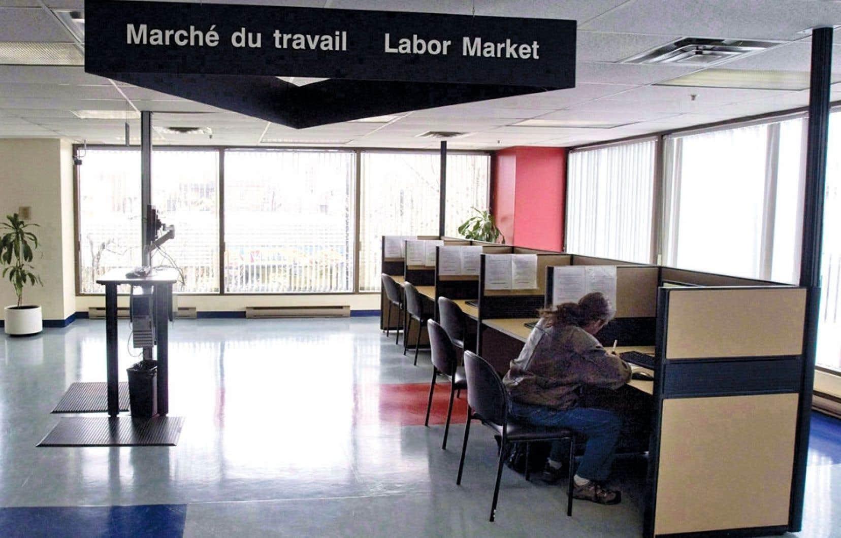 Sous le nouveau régime, après sept semaines de recherche, un prestataire fréquent devra accepter tout emploi offrant un salaire équivalant à au moins 70 % de son salaire précédent.