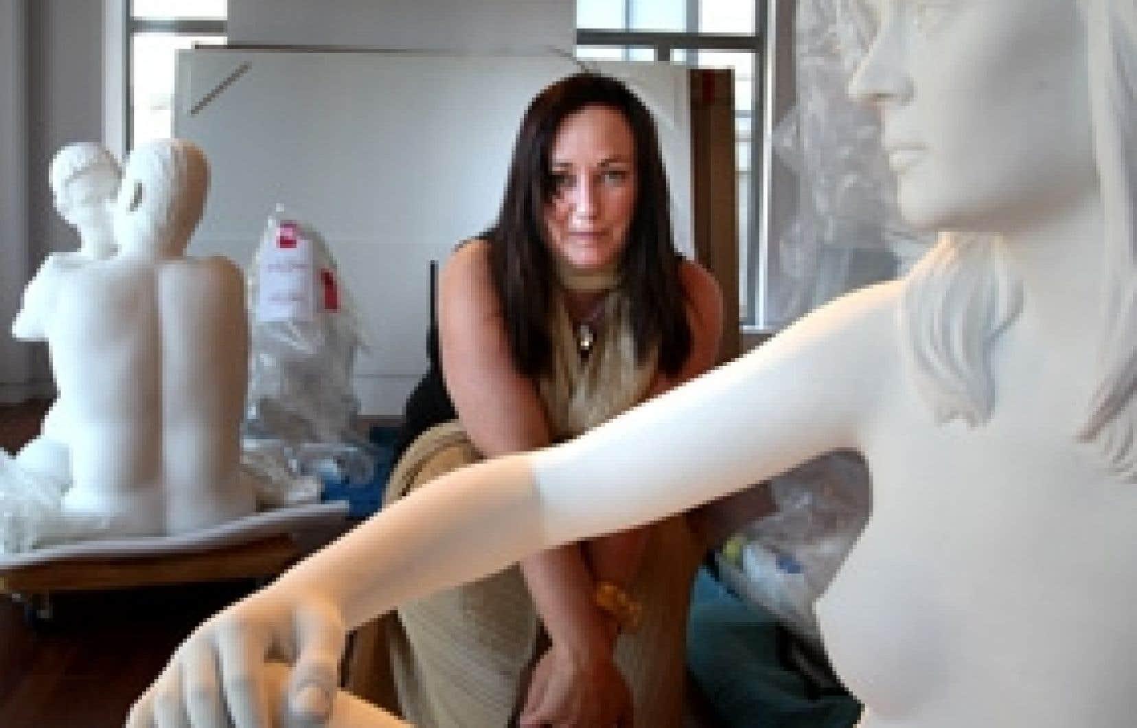 Le secteur privé doit prendre ses responsabilités dans le domaine des arts, estime Pheobe Greenberg, photographiée dans un nouvel espace d'art contemporain, rue Saint-Jean, dans le Vieux-Montréal.