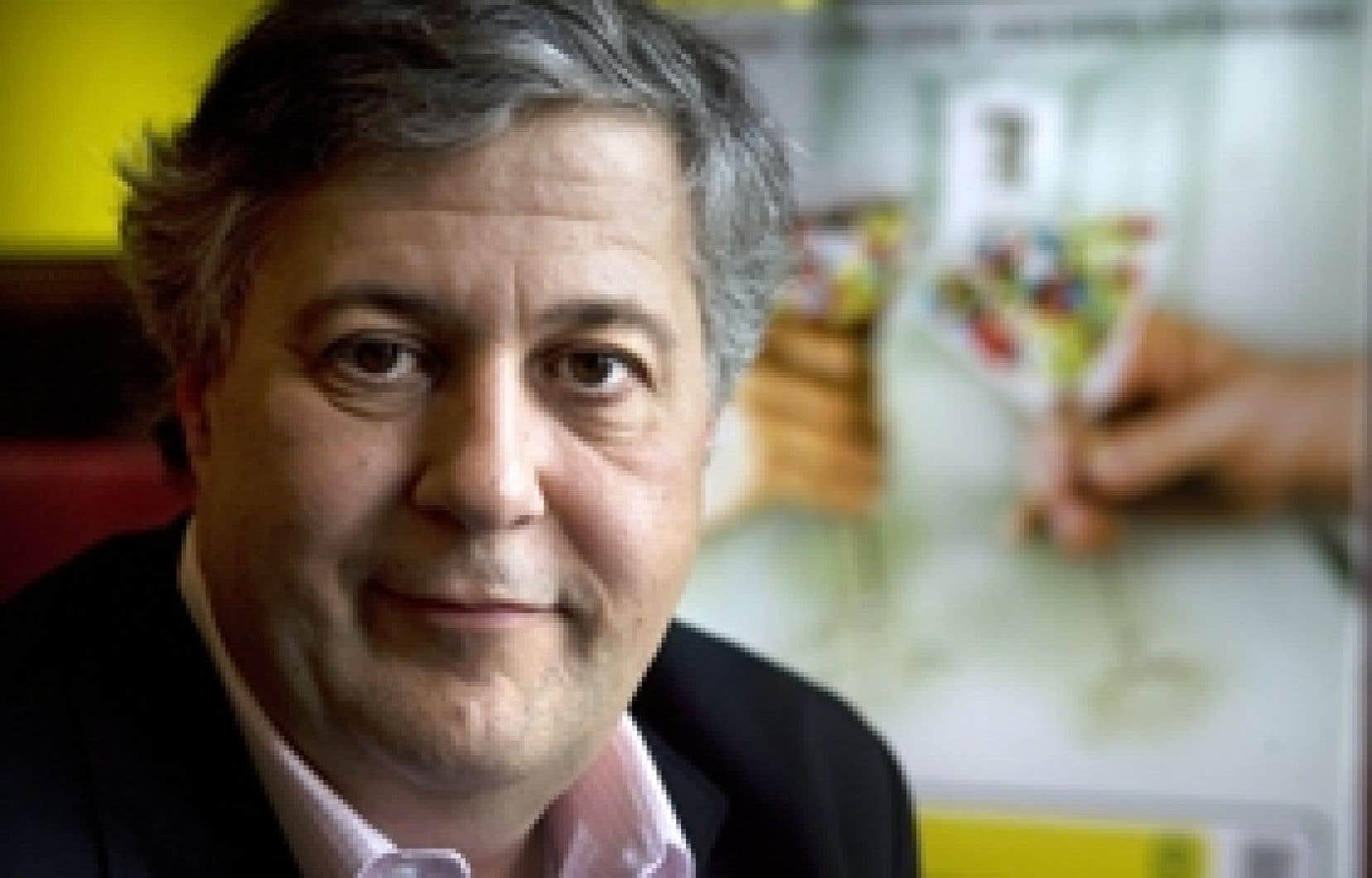 Le journaliste Paul Arcand, réalisateur du documentaire Québec sur ordonnance.