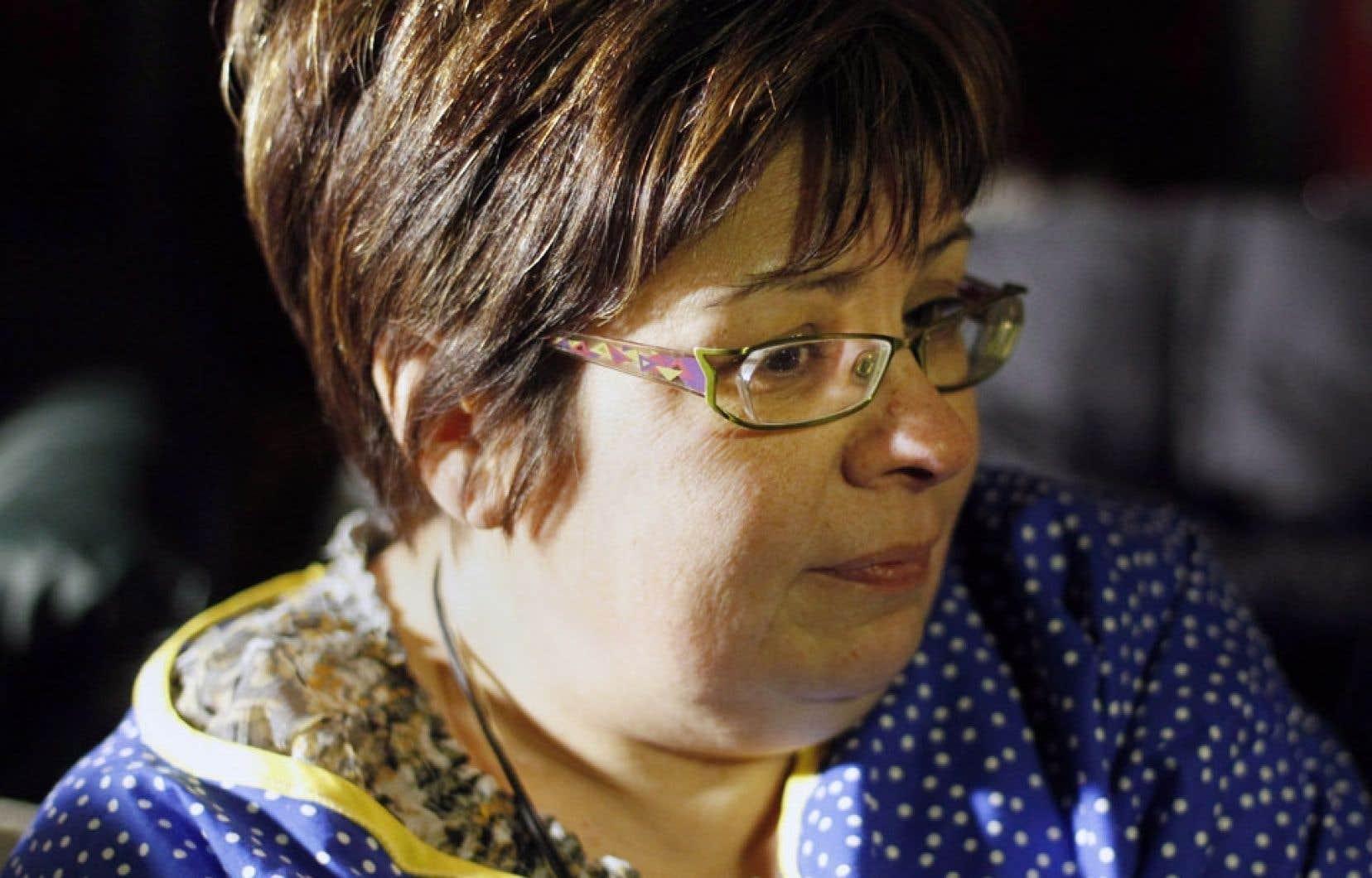 La chef de la nation crie d'Attawapiskat, Theresa Spence, poursuivant sa grève de la faim à Ottawa, le 25 décembre dernier.