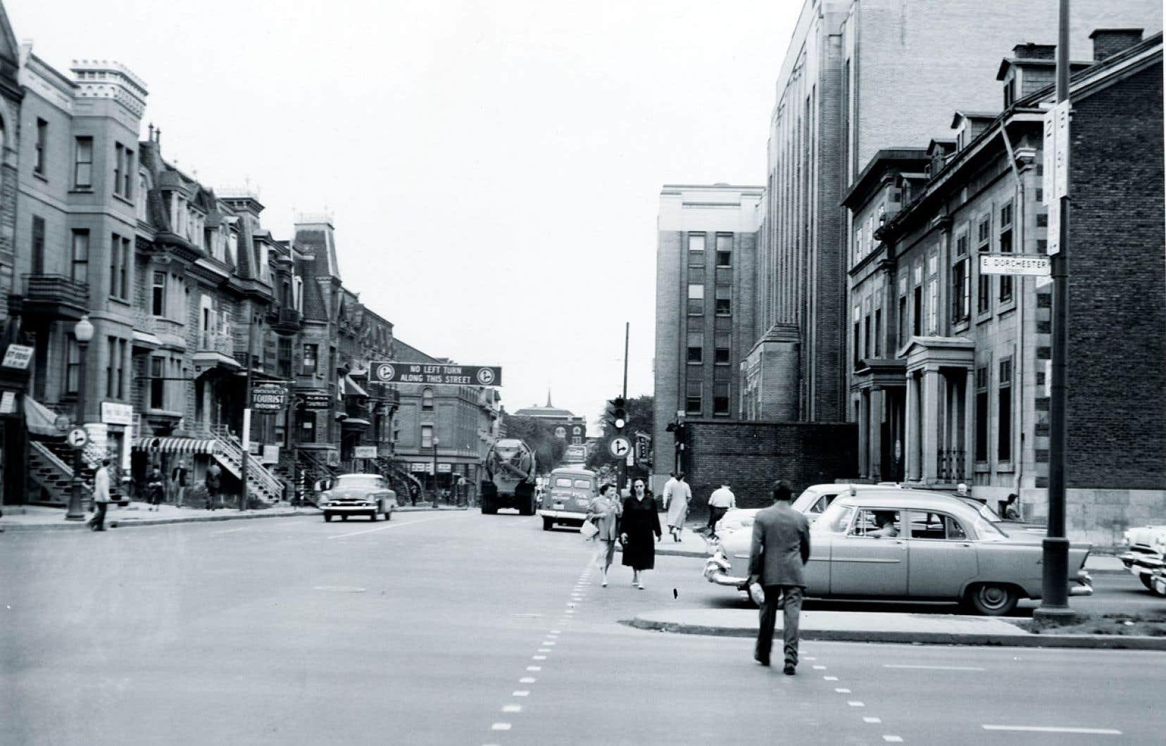 André Blouin. Boulevard Dorchester, à Montréal en 1958