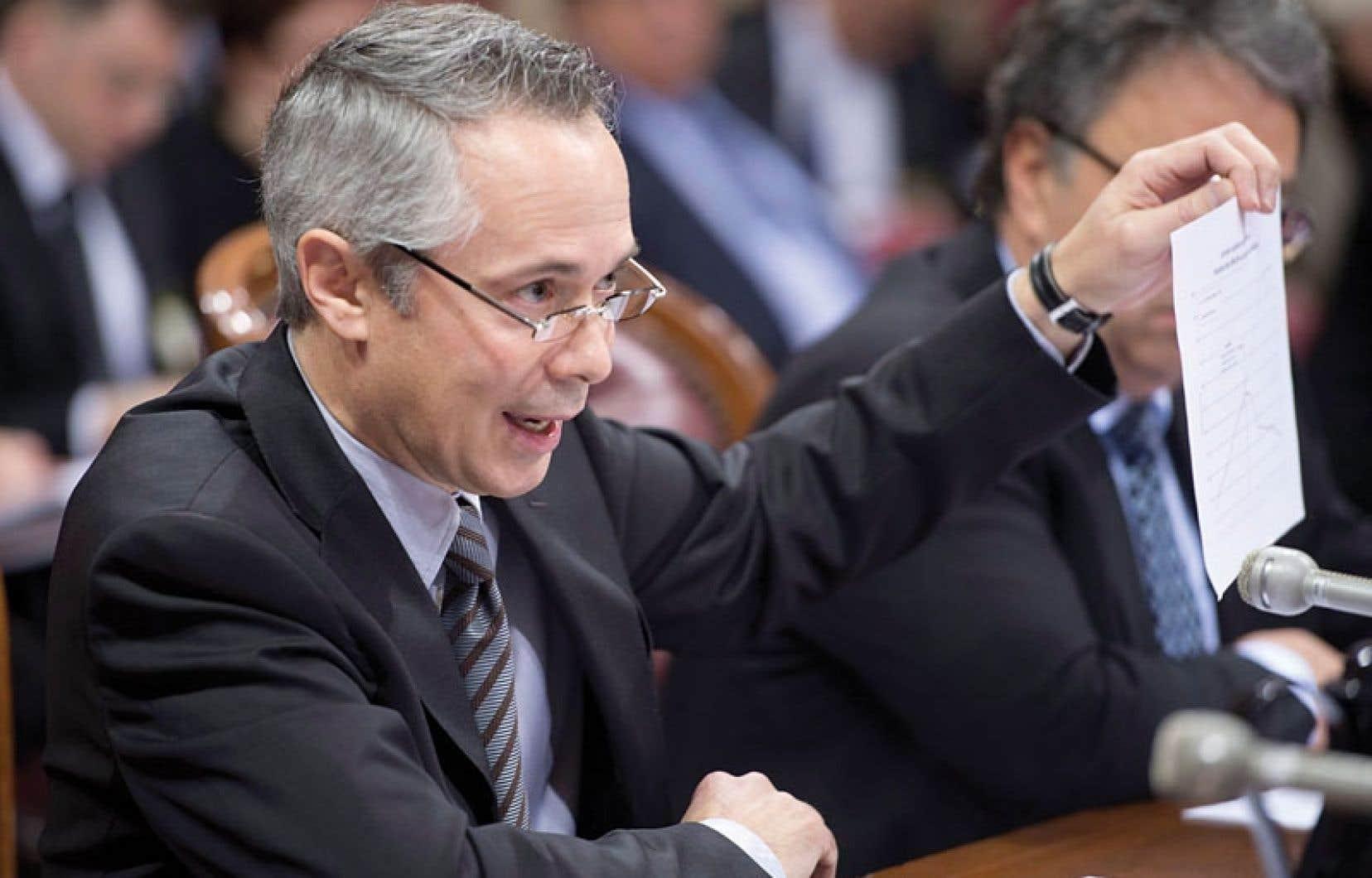 Le p.-d.g. d'Hydro-Québec, Thierry Vandal, témoigne en ouverture de la commission parlementaire sur la fermeture de la centrale nucléaire Gentilly-2.