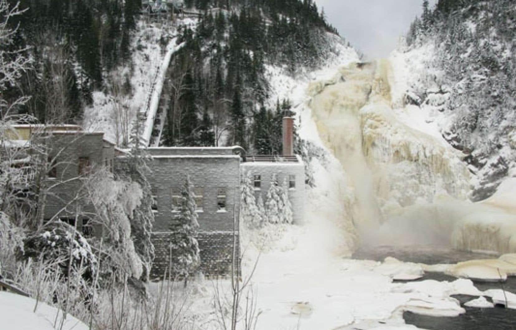 <div> Selon un récent sondage, 53 % de la population de la région s'oppose au projet de centrale de 16 mégawatts porté par la Société de l'énergie communautaire du Lac-Saint-Jean.</div>
