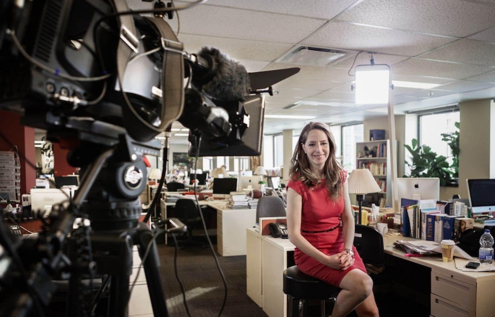 Karina Marceau dirige le projet Le Devoir+, une émission de télévision consacrée à notre journal quotidien, à ses artisans mais aussi et surtout à la mise en perspective critique de l'actualité.