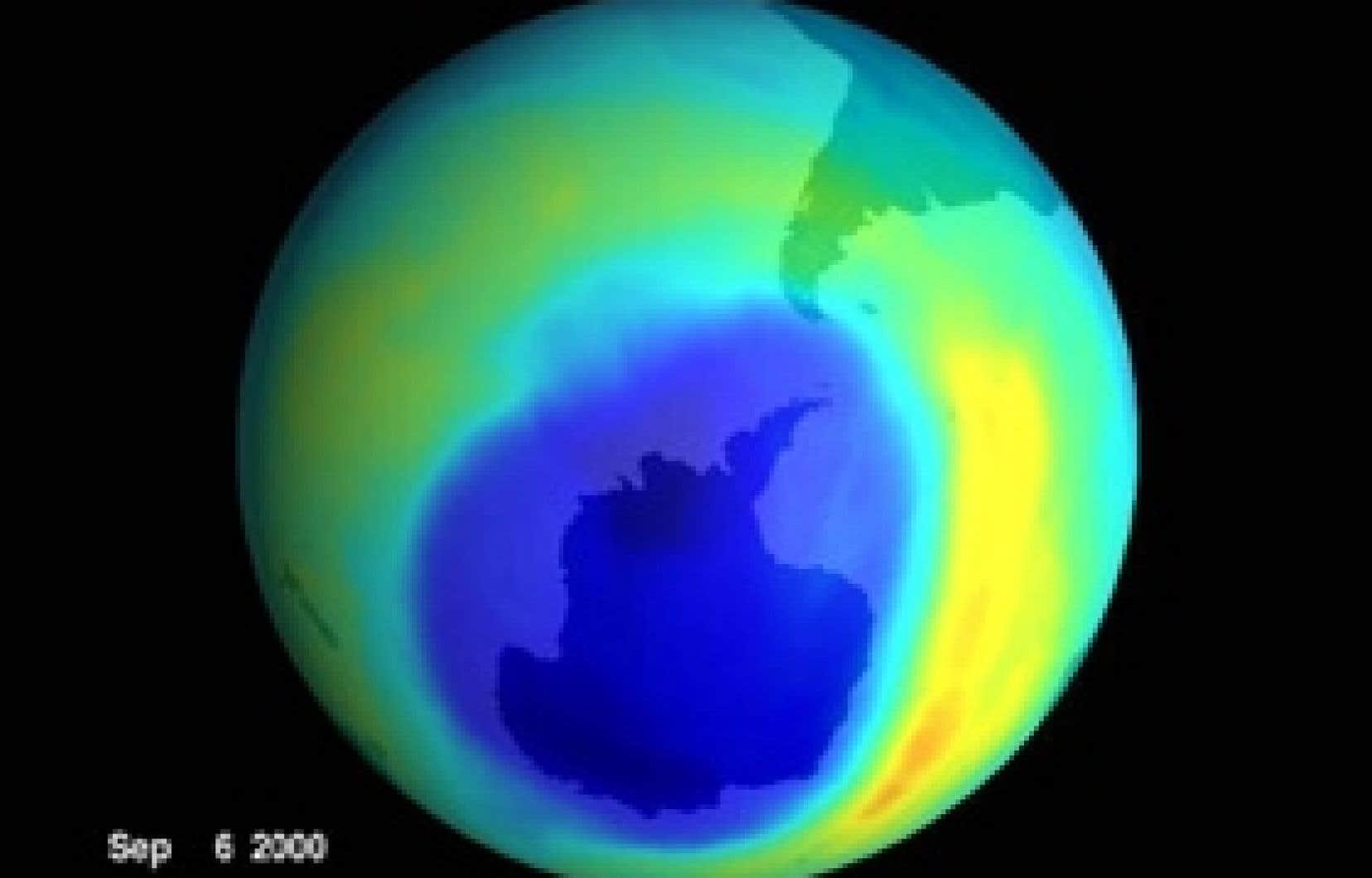 Le «trou» dans la couche d'ozone au-dessus de l'Antarctique, photographié par la NASA en 2000.
