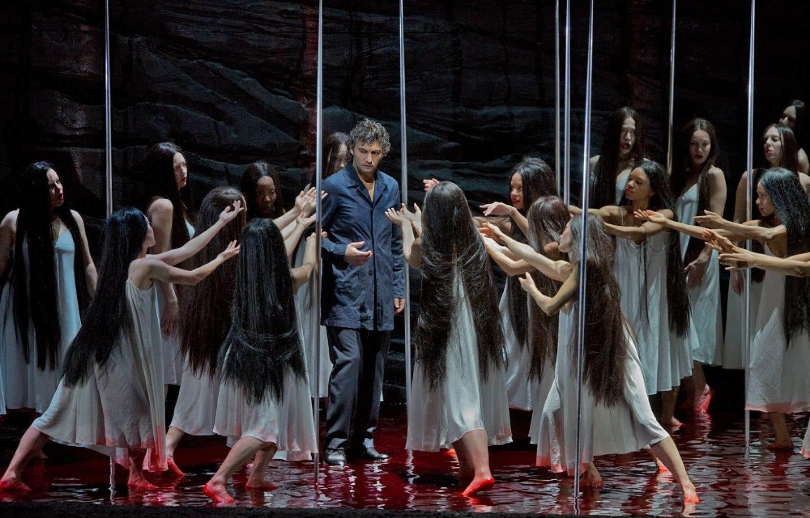 Jonas Kaufmann est Parsifal, physiquement et vocalement.