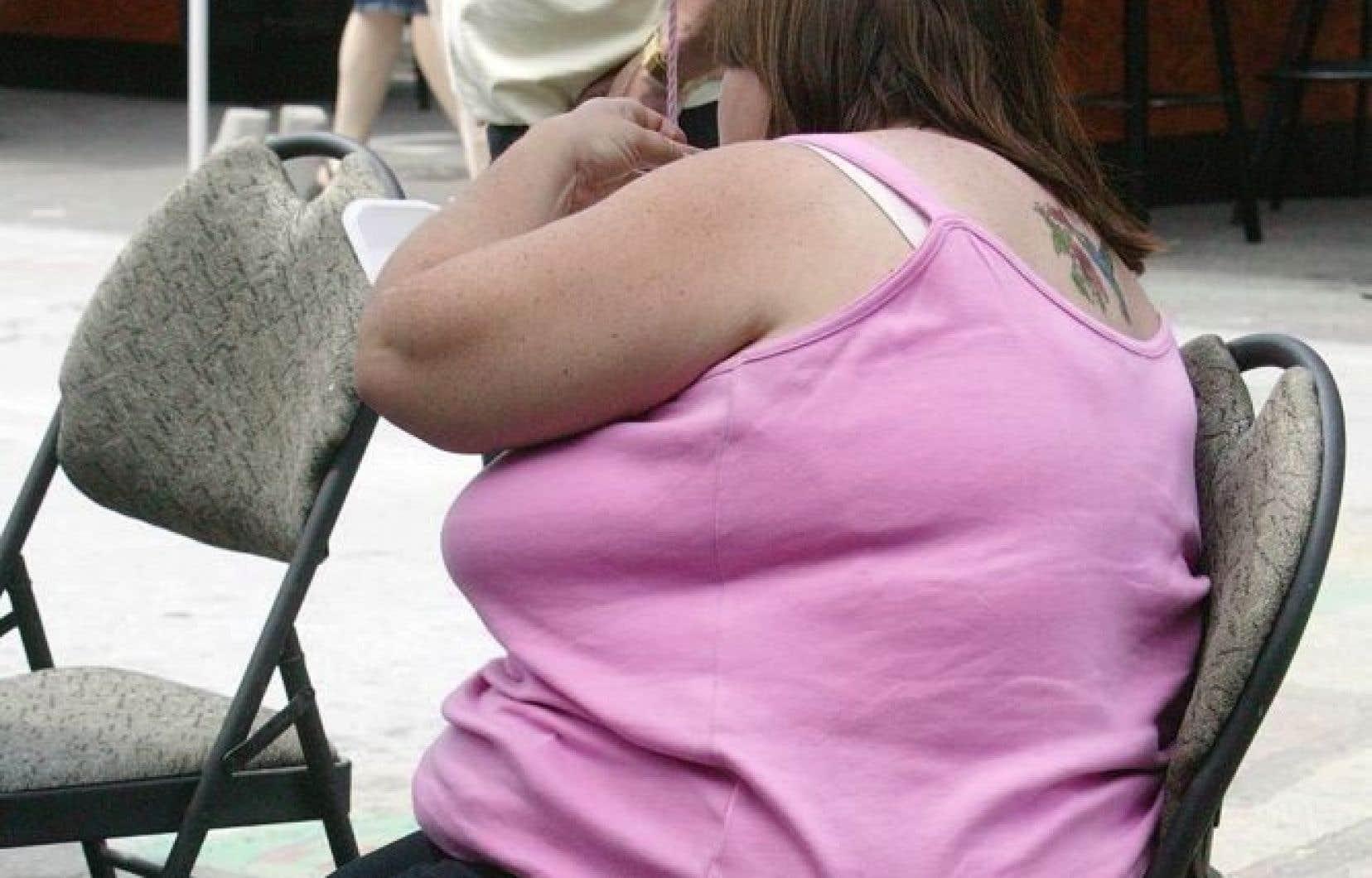 L'analyse démontre qu'il n'y a jamais eu autant de Canadiens obèses: en moyenne, le quart, voire le tiers d'entre eux le sont, en fonction de la région où ils vivent.