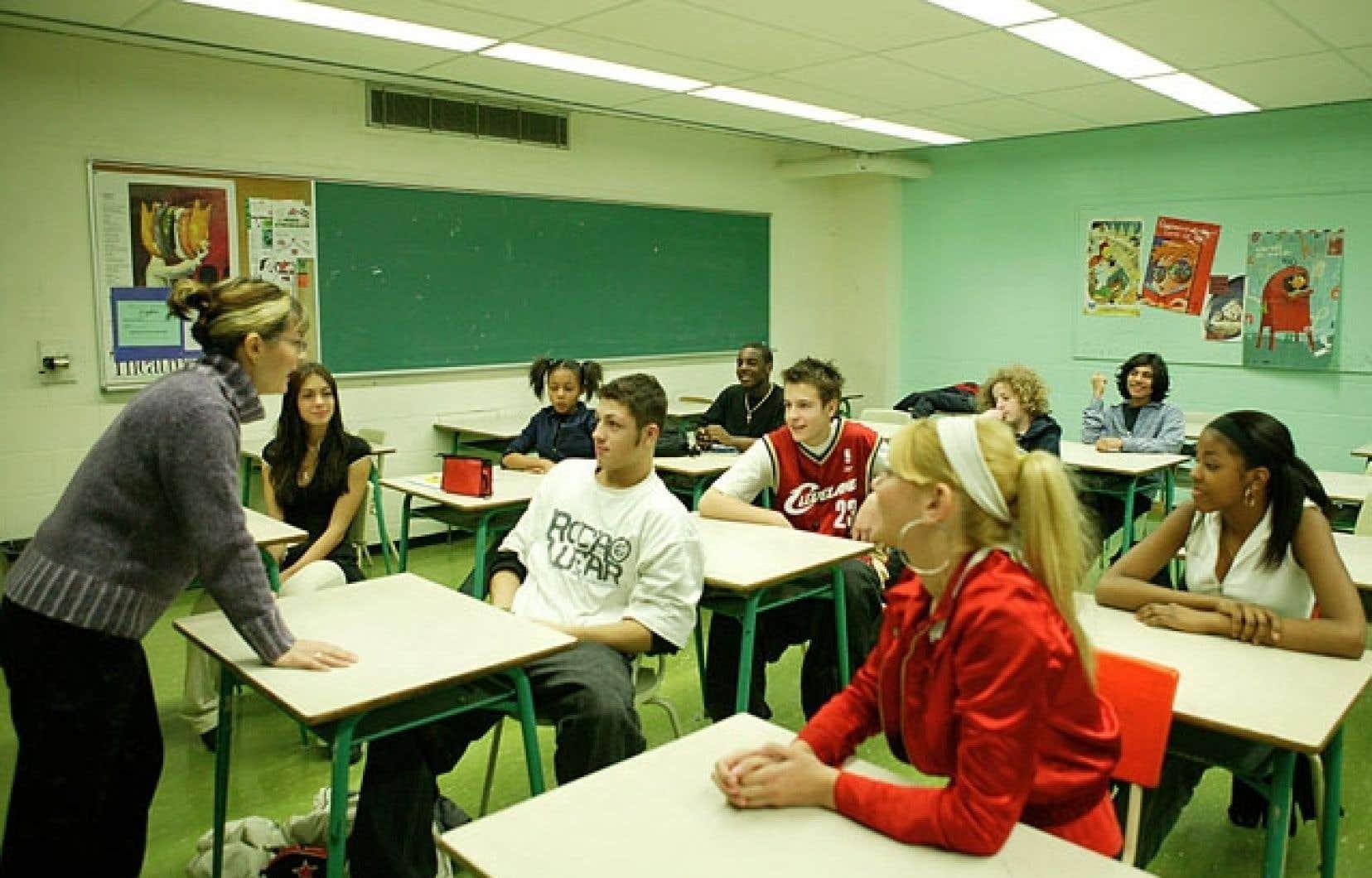 Le problème de l'enseignement de l'histoire n'est pas propre au Québec. Partout dans le monde, y compris au Canada anglais, l'enseignement de l'histoire fait débat.