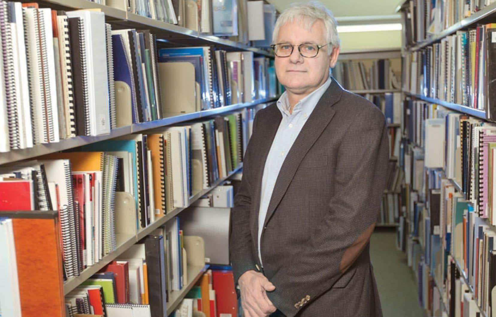 Le directeur de la santé publique de Montréal, Richard Massé, estime que Québec est tenu par la loi d'évaluer les impacts de compressions à l'aide sociale.