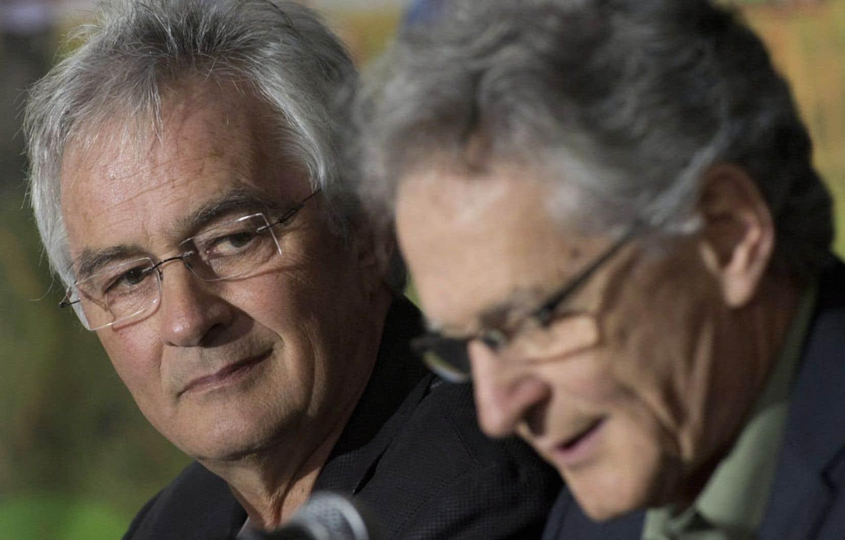 Roch et Louis Ouellet, les frères du cardinal Marc Ouellet, ont réagi avec soulagement à la nomination du nouveau pape.