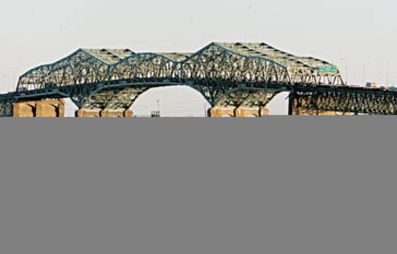 L'actuel pont Champlain est sur le point d'atteindre sa durée de vie utile.