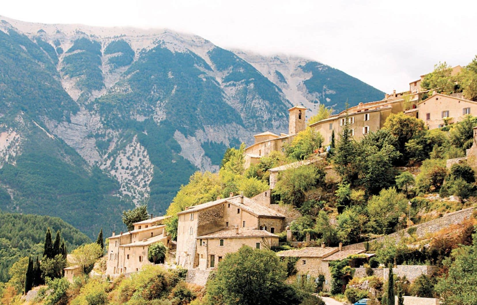 Brantes, à l'ombre du mont Ventoux, dans le Vaucluse.