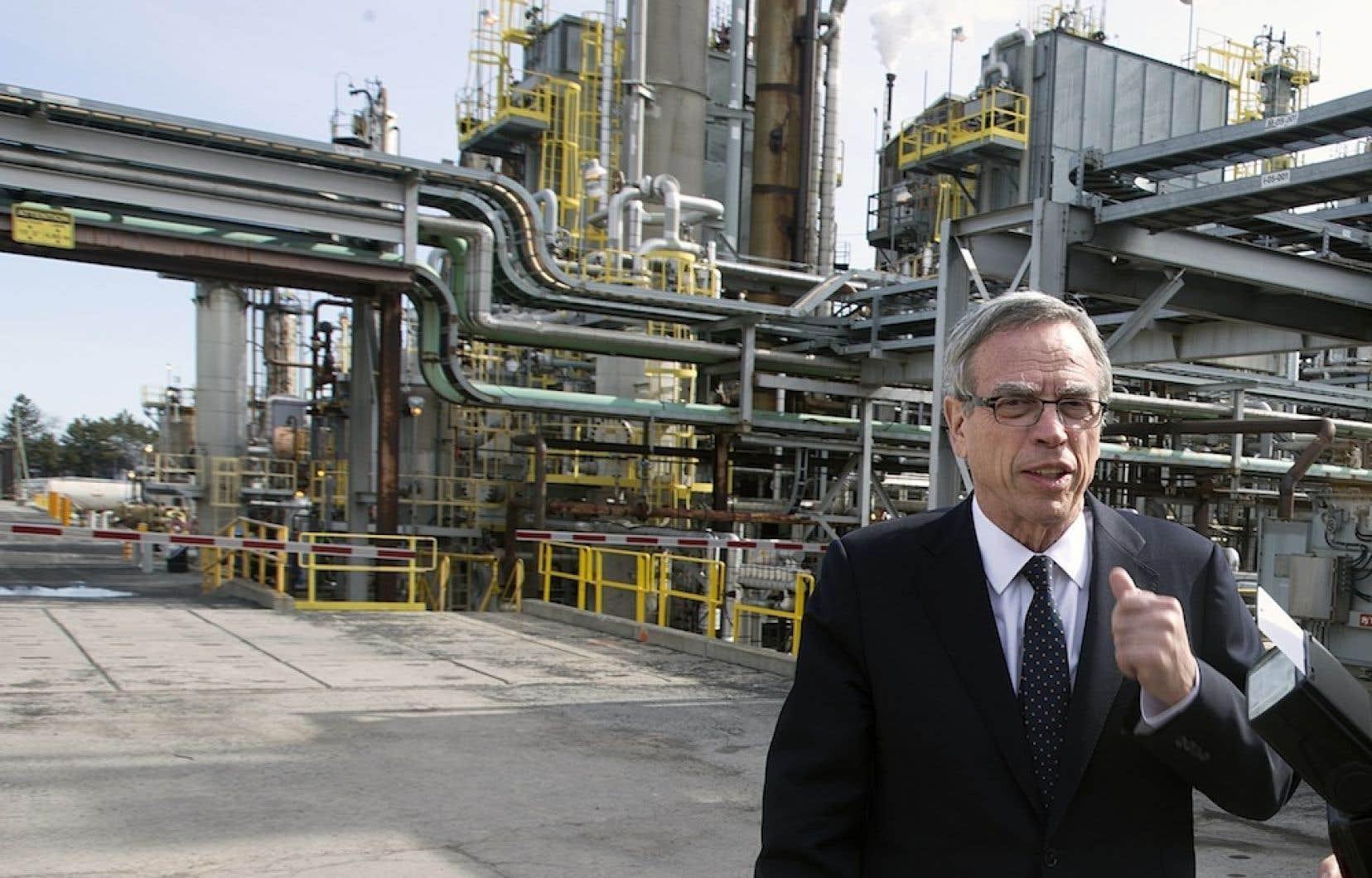 Le ministre des Ressources naturelles Joe Oliver semble vouloir réduire le sentiment d'urgence associé à la lutte aux changements climatiques.