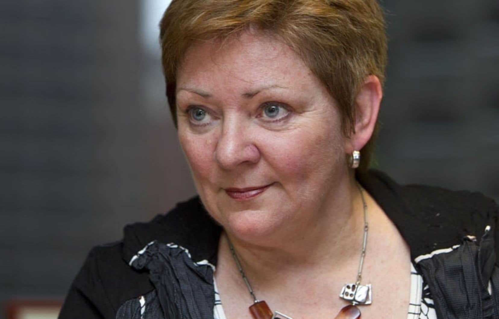 Diane Lavallée est la nouvelle directrice générale de l'Association québécoise d'établissements de santé et de services sociaux. « Apprécions ce que nous avons et ne glissons pas tranquillement [vers le privé] sous prétexte que le contexte financier est difficile », avertit-elle.