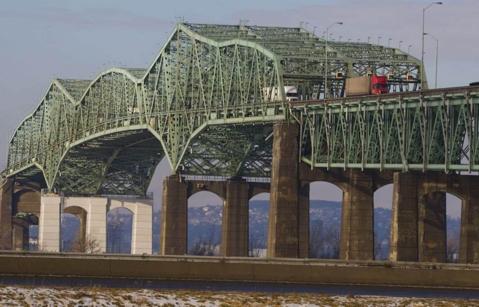 Un nouveau pont Champlain devrait remplacer l&#39;ancien, en 2021.<br />