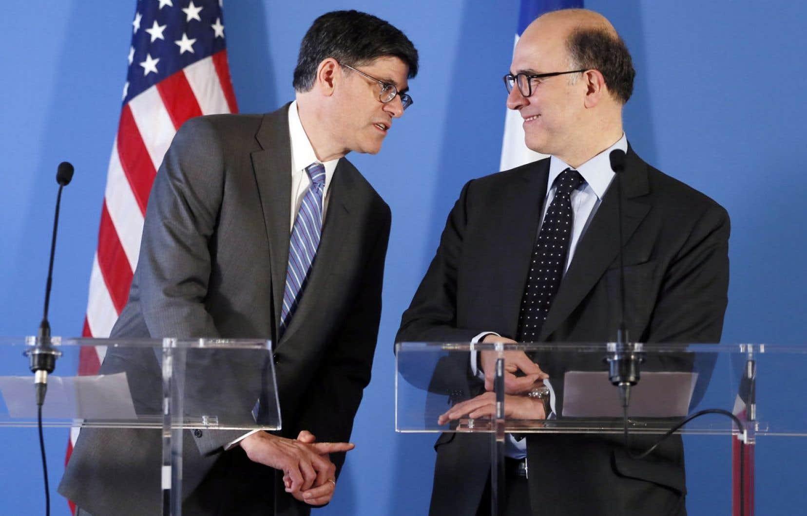Le secrétaire américain au Trésor, Jacob Lew, et le ministre français de l'Économie et des Finances, Pierre Moscovici