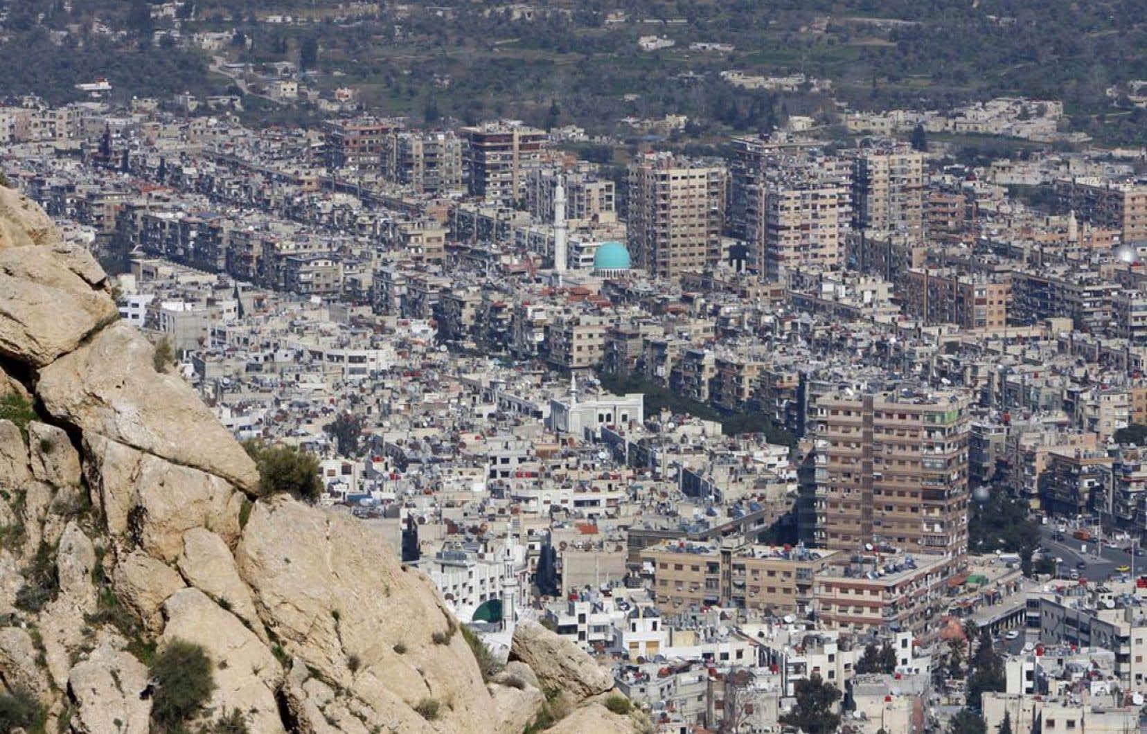 « La communauté américaine du renseignement conclut, avec différents degrés de certitude, que le régime syrien a utilisé des armes chimiques à petite échelle en Syrie, en particulier du sarin », a affirmé le secrétaire à la Défense, Chuck Hagel.