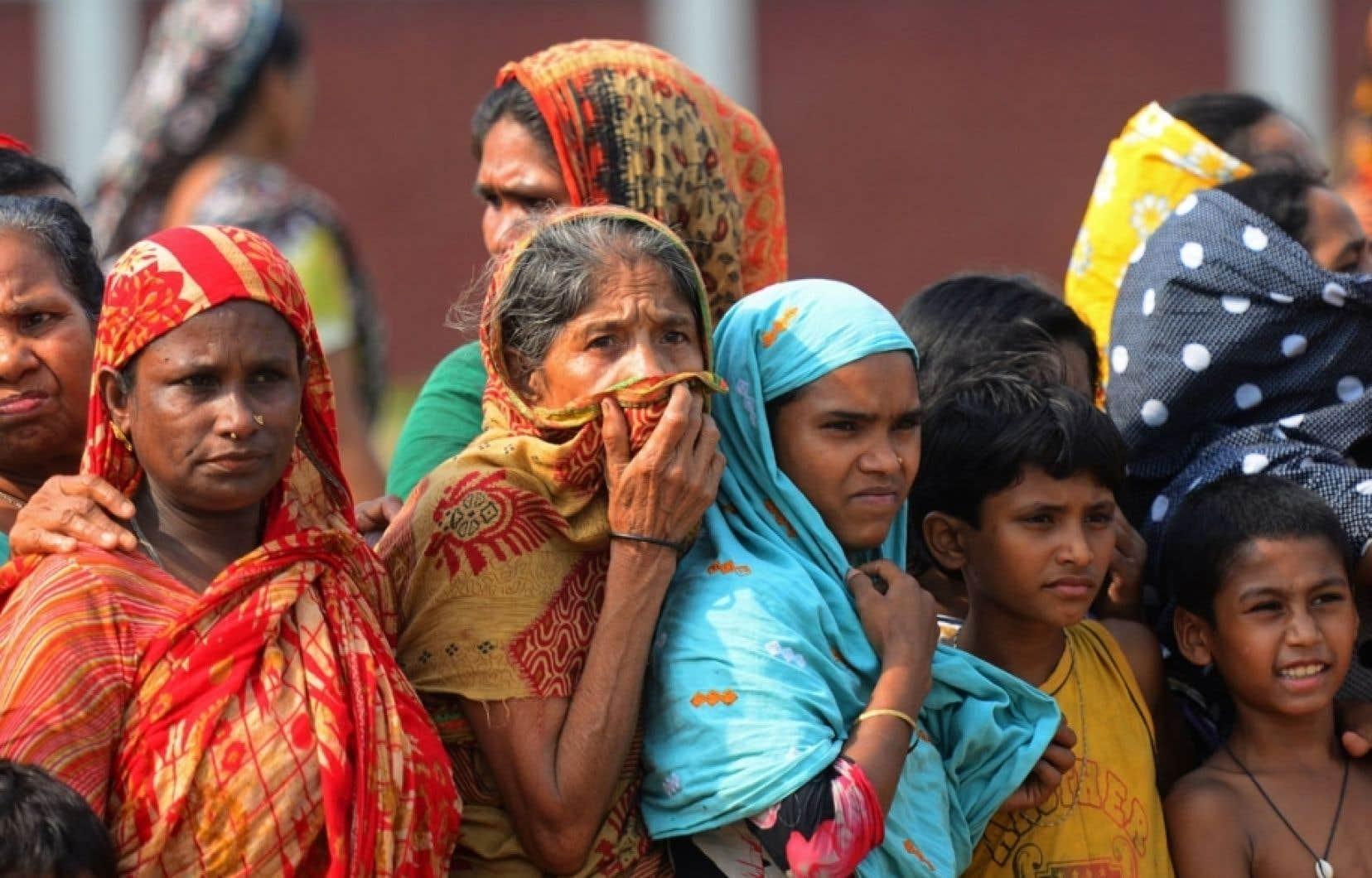 Le bilan de l'effondrement — le pire désastre industriel à être survenu au pays — a atteint 675 morts lundi, ont annoncé des responsables.