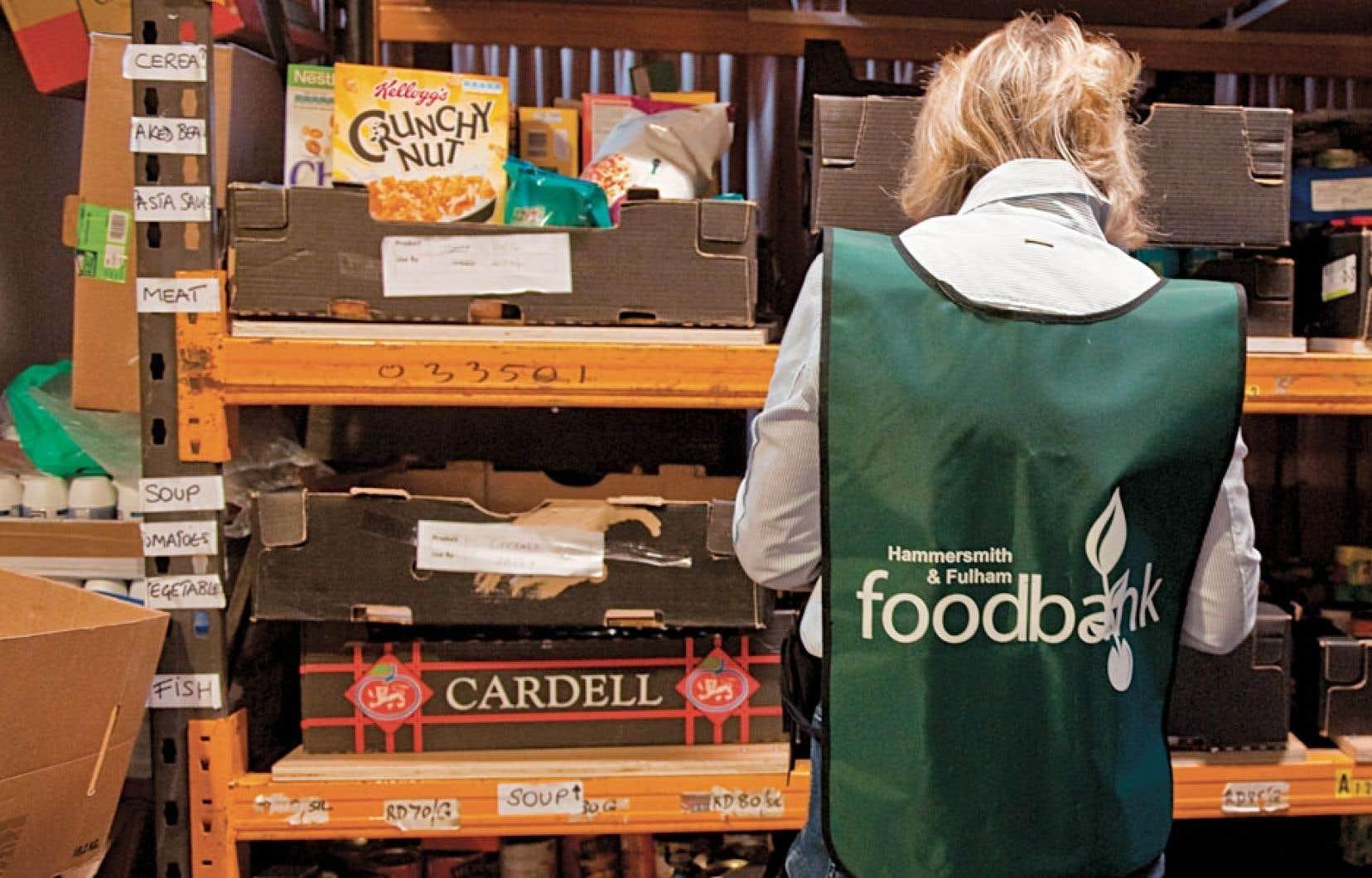 Entre autres conséquences, la réforme des prestations sociales risque d'accroître le recours aux banques alimentaires, déjà fort sollicitées.
