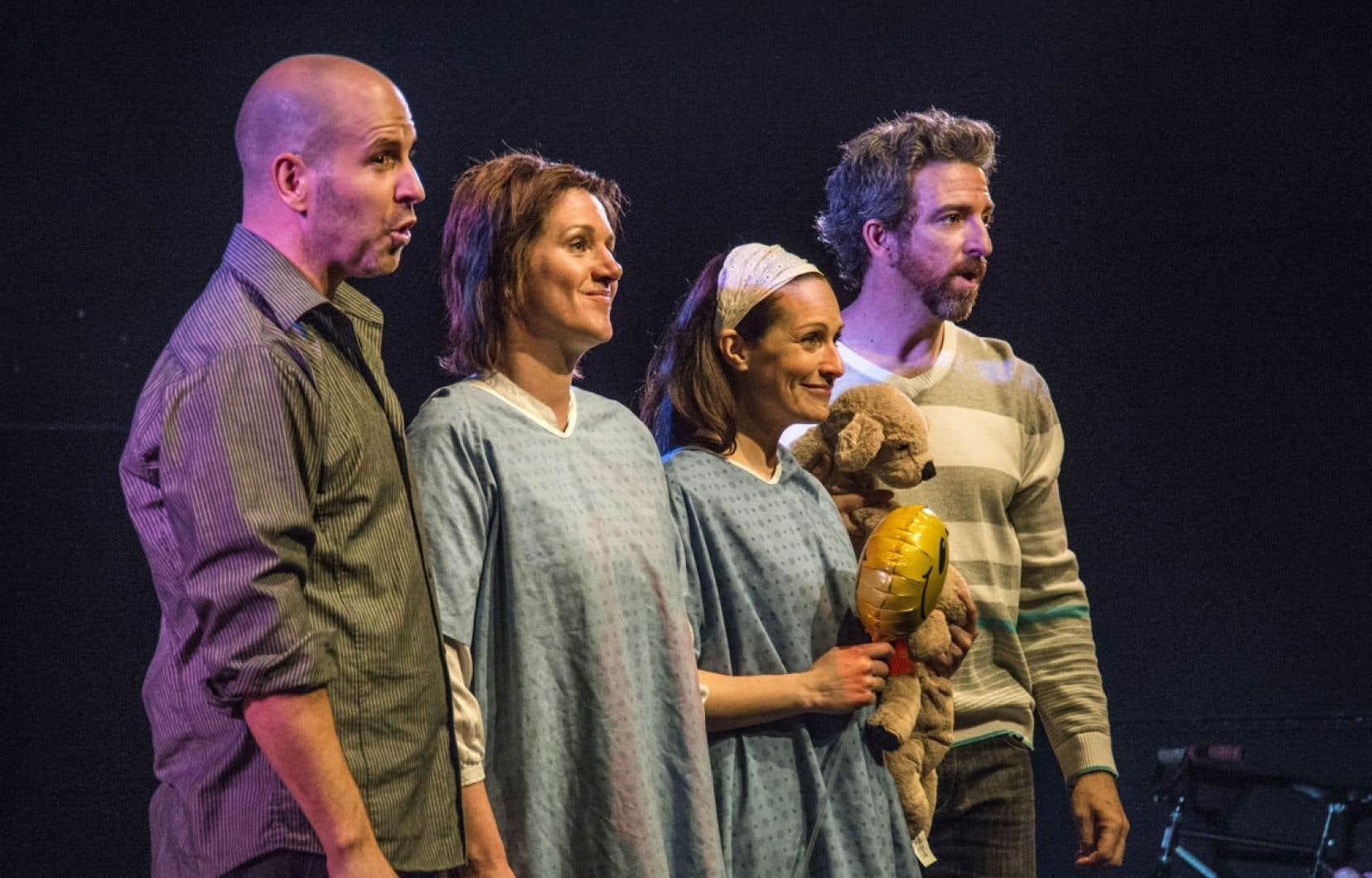 Le Petit Théâtre du Nord peut compter sur un solide quatuor de comédiens fondateurs, soudés par la complicité manifeste de ceux qui jouent depuis longtemps ensemble.