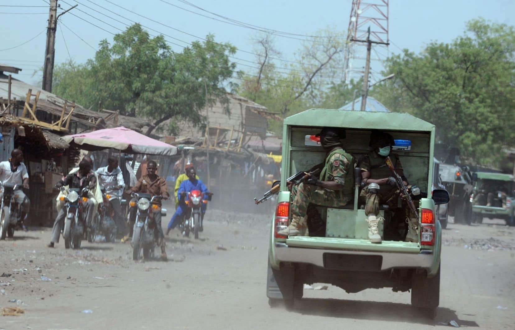 Déjà en avril, l'armée patrouillait dans les rues de Maiduguri, dans l'État de Borno.