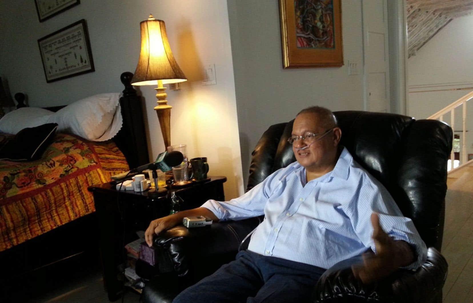 Arthur Porter affirmait en mars souffrir d'un cancer et qu'il était trop malade pour se déplacer.