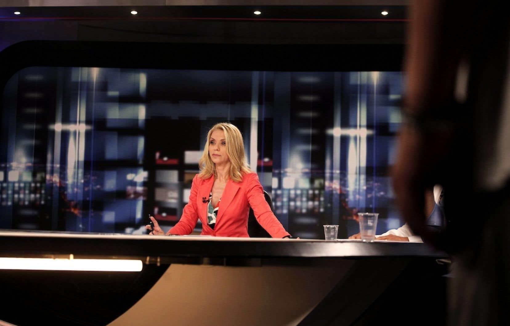 La chef d'antenne principale de la télé d'état grecque, Ellie Stai.