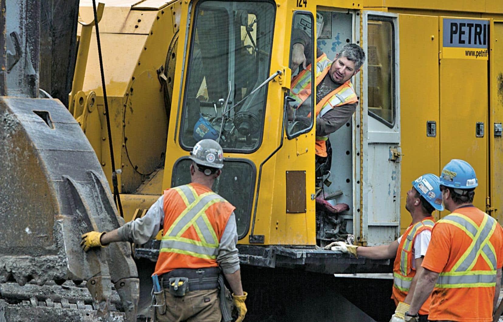 Les travailleurs des chantiers institutionnel, commercial et industriel sont rentrés au travail hier.
