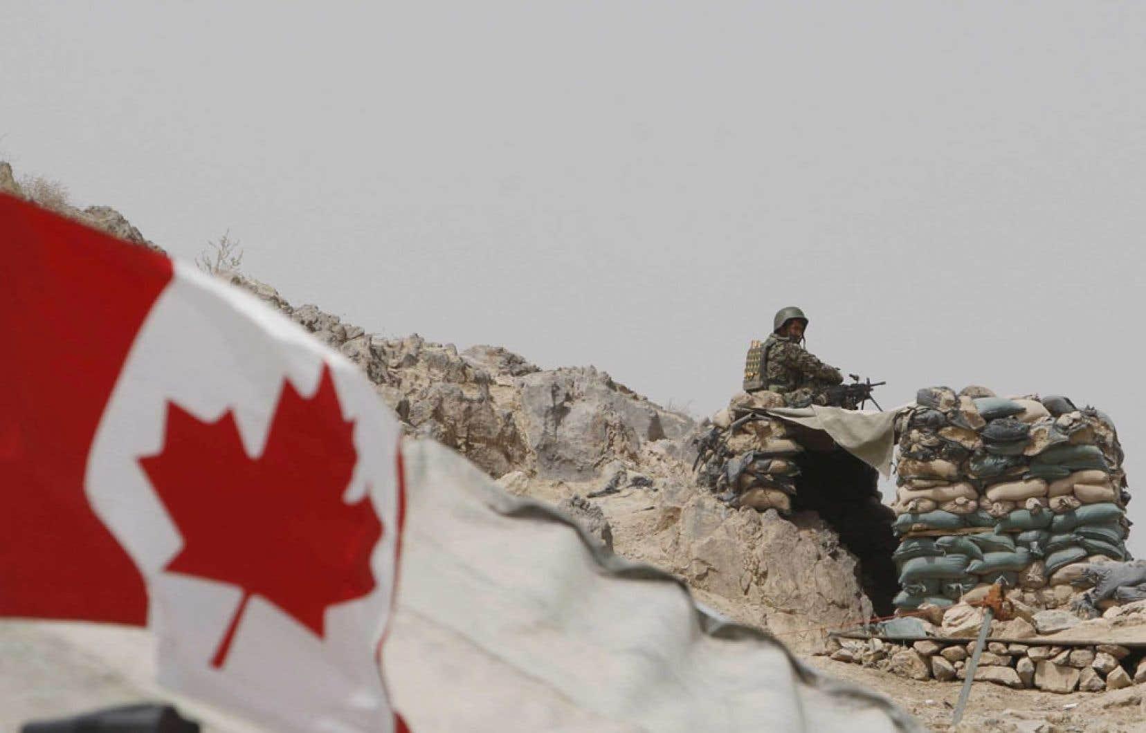 Les engagements canadiens au sein d'une large coalition du sous-commandement de l'OTAN prendront officiellement fin mars 2014.