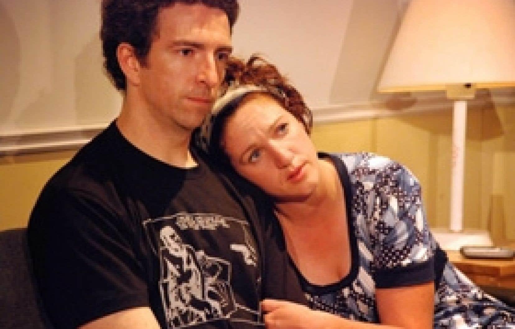 Luc Bourgeois et Mélanie St-Laurent dans l'une des trois courtes pièces de Semi-détaché. Photo: François Larivière