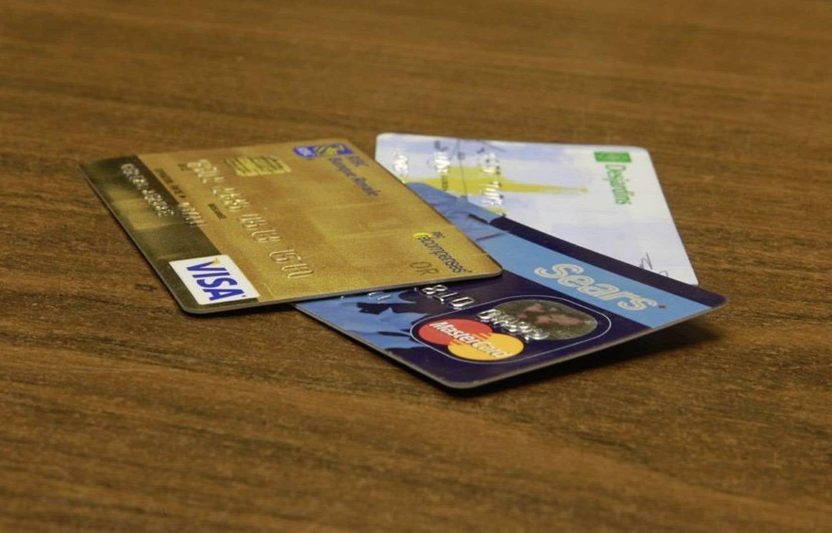 Le Bureau du commissaire de la concurrence avait déposé une plainte officielle auprès du tribunal en mai 2012, accusant Visa et MasterCard de s'adonner à des pratiques contraires à la concurrence.